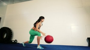 Workout Video: Medicine Ball Power Sculpt